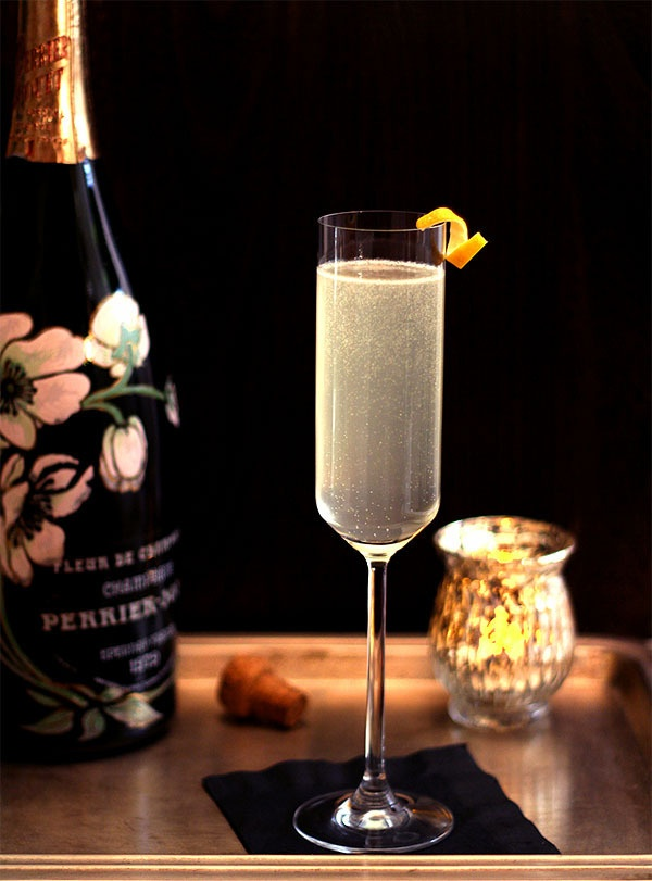 champagne cocktail new years eve ideas