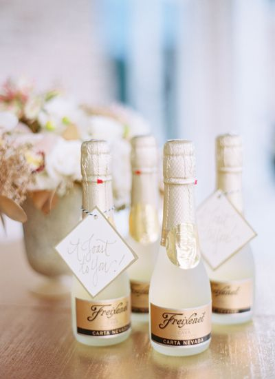Wedding Gift Ideas Alcohol : Fabulous and Fun Wedding Favors The Event Group Weddings